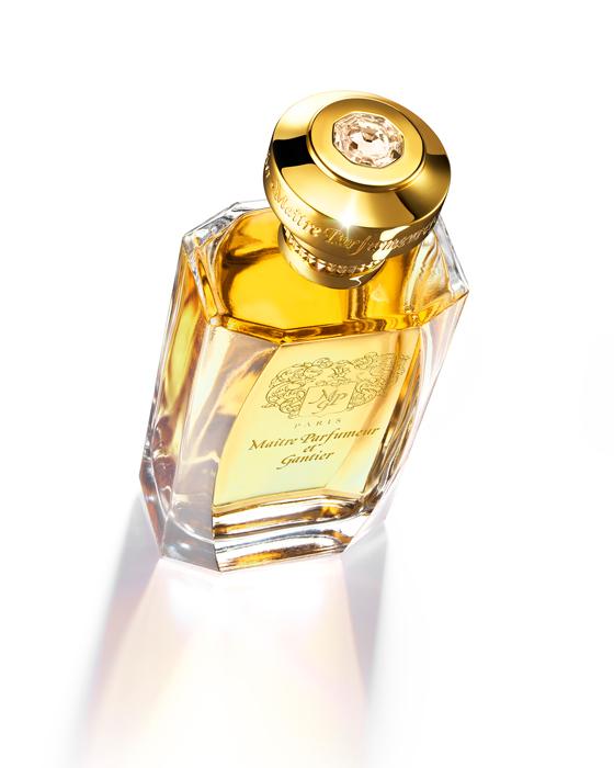 Secrète Datura maitre parfumeur et gantier